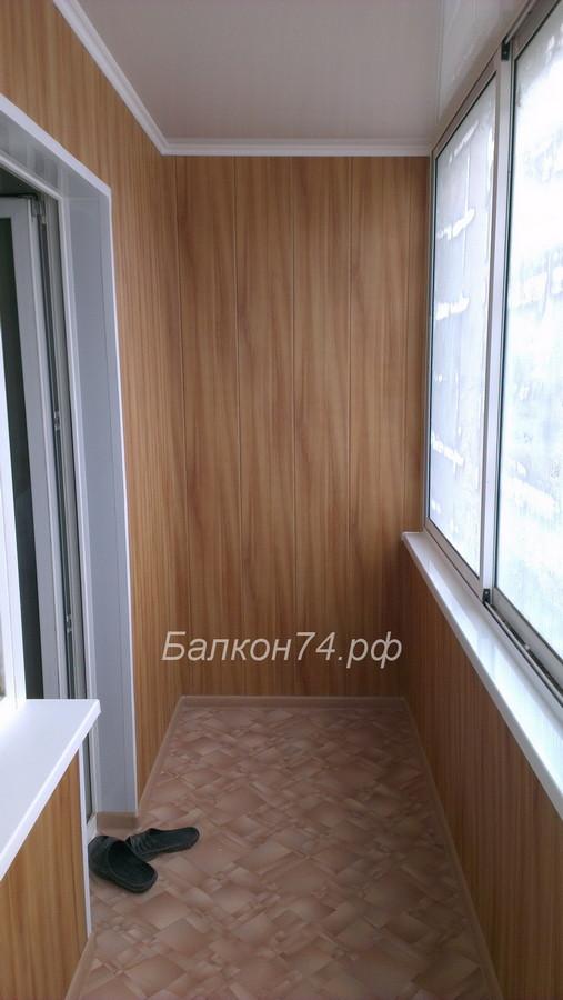 Отделка балкона пластиковыми панелями в Челябинске.